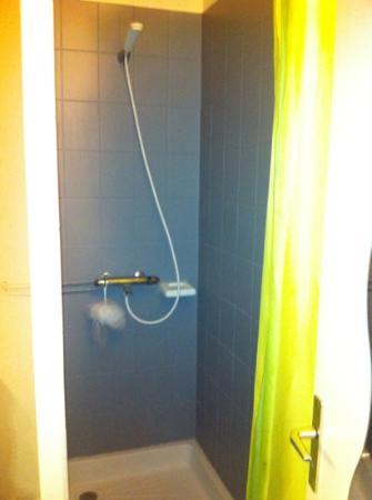 Bon Séjour La Plage : Shower