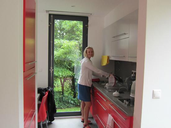 Quinta da Mo: busy in the kitchen