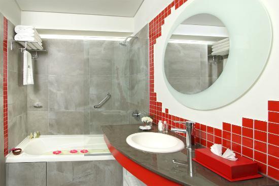 BA Sohotel: Baño de las habitaciones
