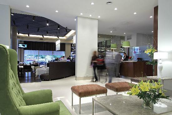 BA Sohotel: Lobby + Restaurante