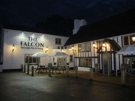 The Falcon Pub: The Falcon at Bletsoe