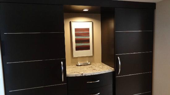 ARIA Resort U0026 Casino: Nice Closets