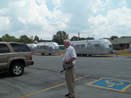 Airstream Factory Tour: Tour guide with 50+ years experience