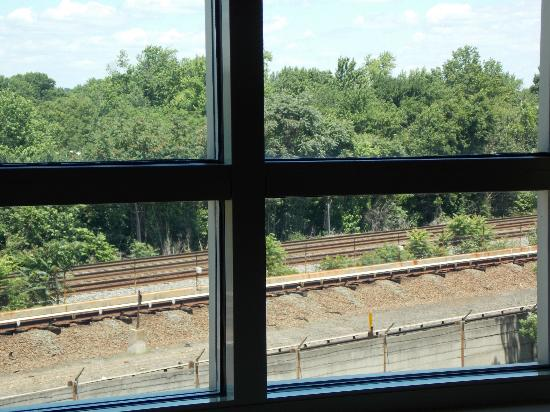 Wyndham Old Town Alexandria: The Metro and Amtrac within walking distance