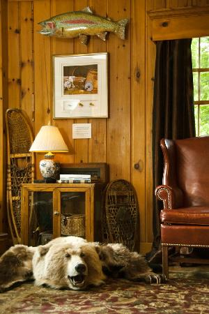 The Speckled Trout Bed and Breakfast: The Lefty Kreh Library