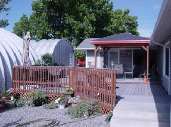 Grand Junction Bed and Breakfast: One Eating Area