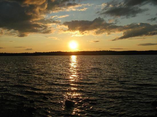 Parc Lineaire le P'tit Train du Nord: Lac Nomingue