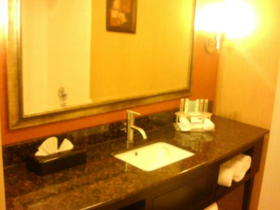 Holiday Inn Express Winston-Salem Downtown West: New Granite Bathroom counter