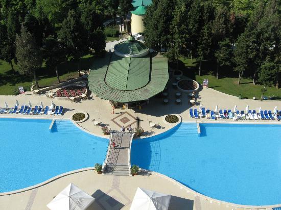 Sol Nessebar Palace: BAR PISCINE