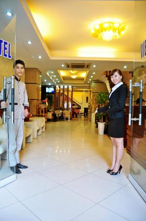 Hanoi Dolphin Hotel : WELCOME TO DOLPHIN HOTEL