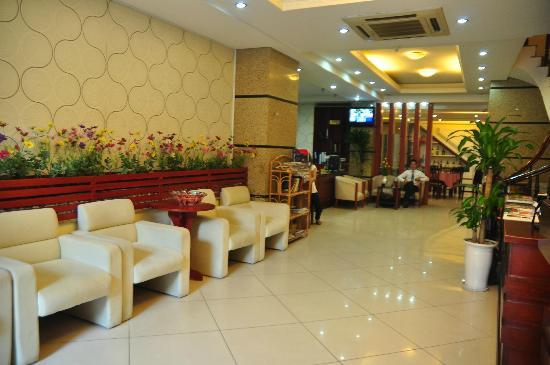 Hanoi Dolphin Hotel: Lobby