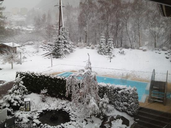 Hotel Castello Falkner : april 2012 - verse sneeuw!