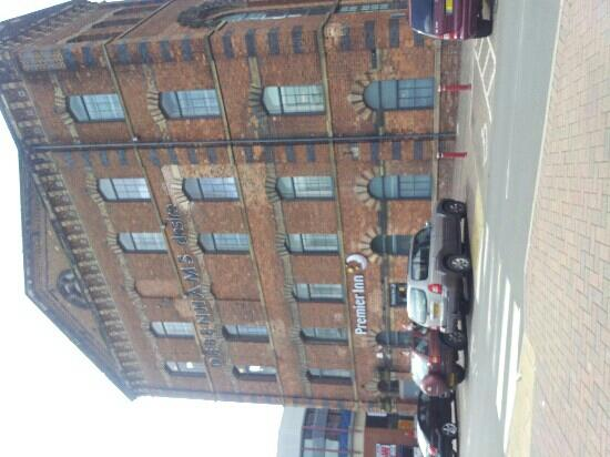Premier Inn Kidderminster Hotel: Front of hotel
