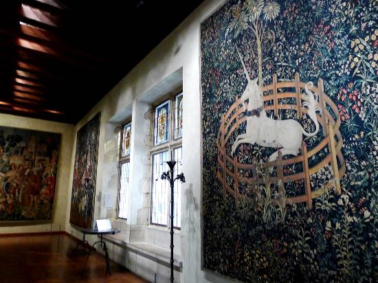 The Met Cloisters: inside the room of The Unicorn Tapestries!