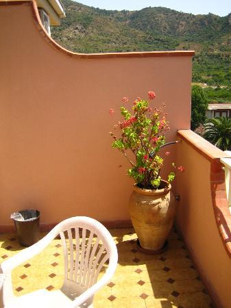 D'Orange D'Alcantara: Notre balcon