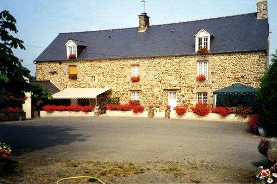 Chambres d 39 hote l 39 aunay begasse updated prices for Chambre d hote bretagne