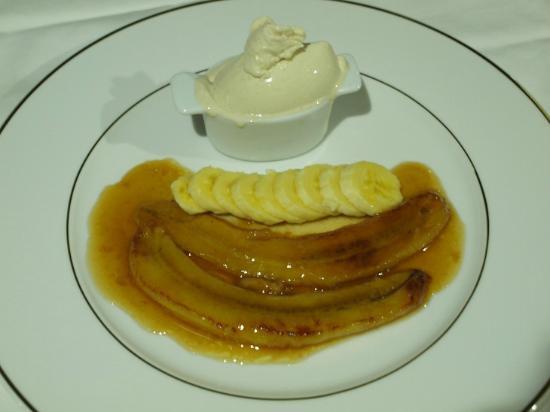 La Villa Mahana: Banana Flambée