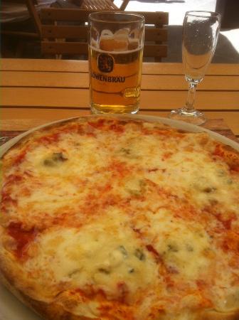 La Tavernetta: Zola Pizza
