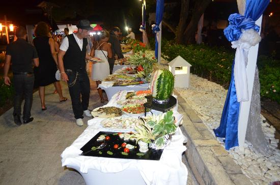 Club Med Kemer: BUFFETS D ENFER MERCI AUX CUISINIERS