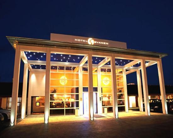 Hotel Svanen: Entrance