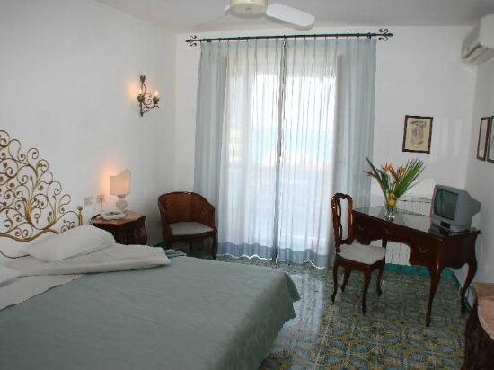 Semiramis Hotel de Charme Ischia: Camera-vista-mare