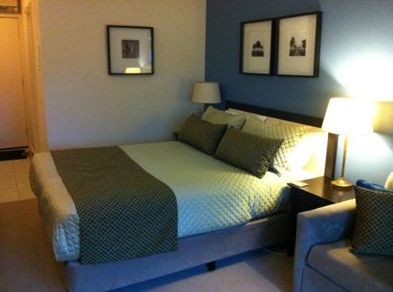 Ararat Motor Inn: comfy beds...