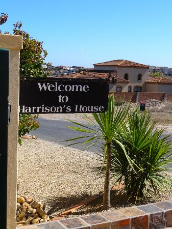 Harrison's House: entrance