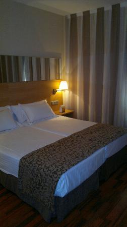 Hotel Desitges: Room