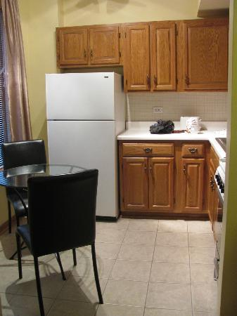 DeWitt Place: Studio Apartment Kitchen