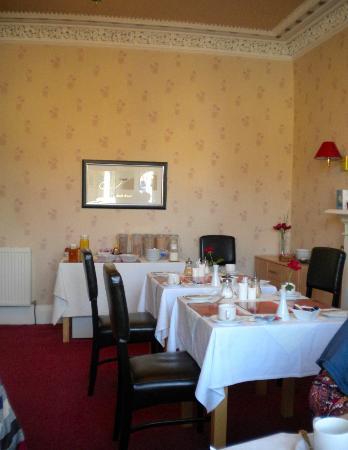Rosebank Guest House: Breakfast room