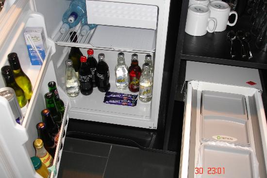 Scenic Hotel Marlborough: Mini Bar