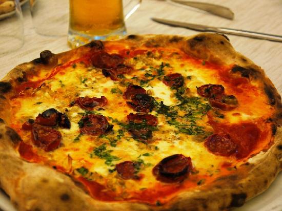 Pizzeria Trattoria Da Benito: Benito's pizza