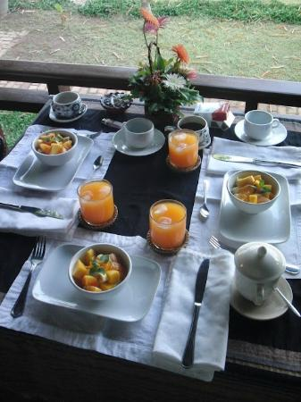 Mekong Estate: Petit déjeuner face au majestueux fleuve Mékong