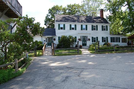 The Inn at East Hill Farm: Rooms in the Inn