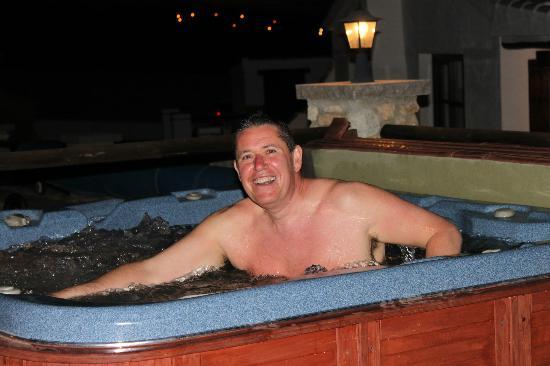 El Rancho: having fun in the hot tub