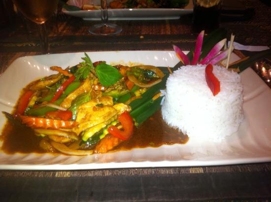 Le Cafe Thai : poulet sauté au basilic thai