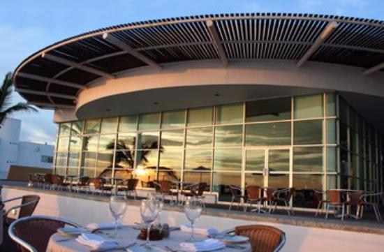 Ocean Breeze Hotel: Rest