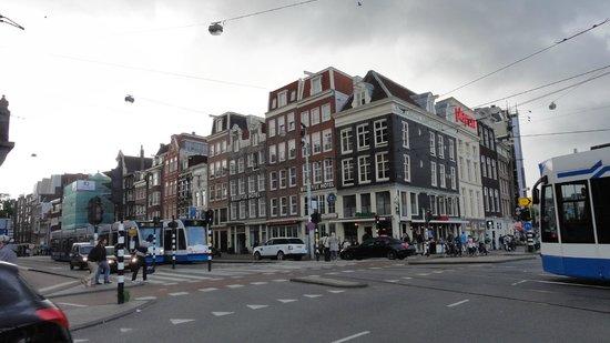 Ibis Styles Amsterdam Central Station: Centraal maar drukke ligging