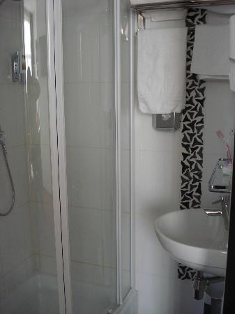 Hotel Allure: Bagno-doccia