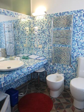 Casabella B&B : Our second bathroom