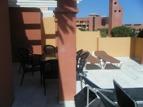 Holiday Palace: terraza