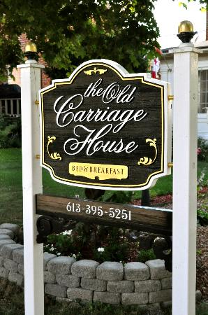 The Old Carriage House B&B: The Old carriage House Bed & Breakfast