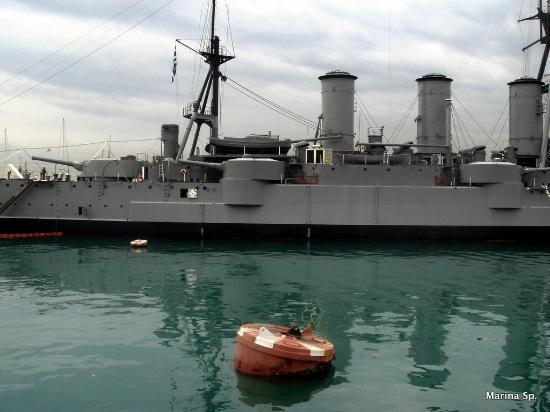 Floating Naval Museum Battleship Averof: Αλλη άποψη του θωρηκτού
