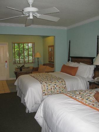 Almond Tree Inn: Queen Suite