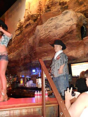 Bally's Atlantic City Casino: Shorty The Sheriff
