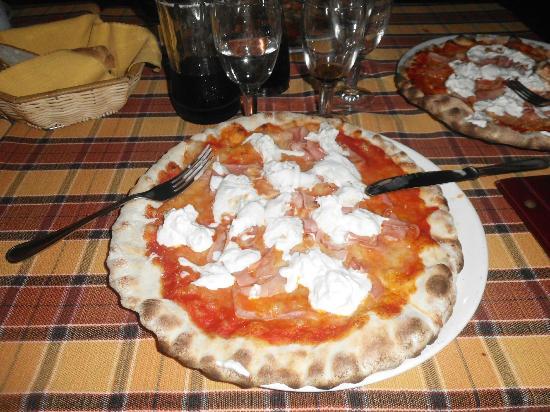 La Baracca: pizza