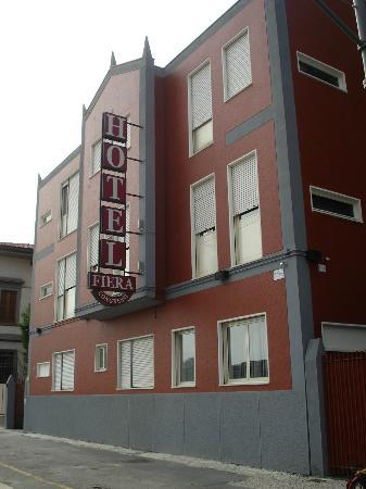 Hotel Fiera Congressi : Façade devant de l'hotel