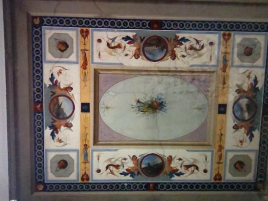 Residenza Millenium: ceiling of the room