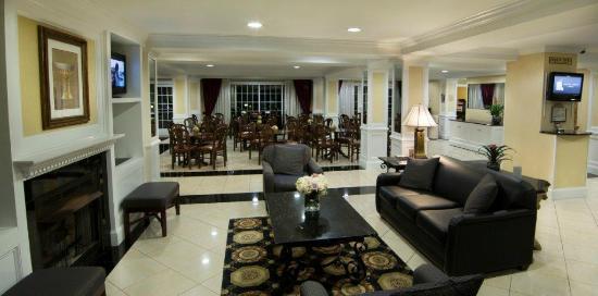 The Wilshire Grand Hotel: Hotel Lobby