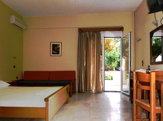 Athena Hotel: Studio